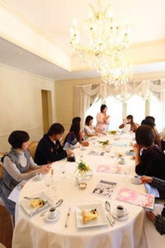 遠藤真里佳 月つきカフェ 新月のお茶会