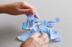 満月の浄化ブルーの紙