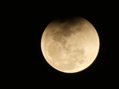 ドバイ 満月ブルームーン