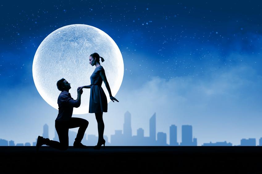 満月 プロポーズ